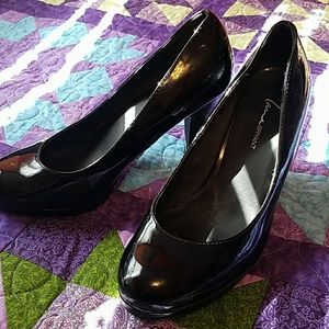 Faux Patent Black 3.5inch Heel. Size 10